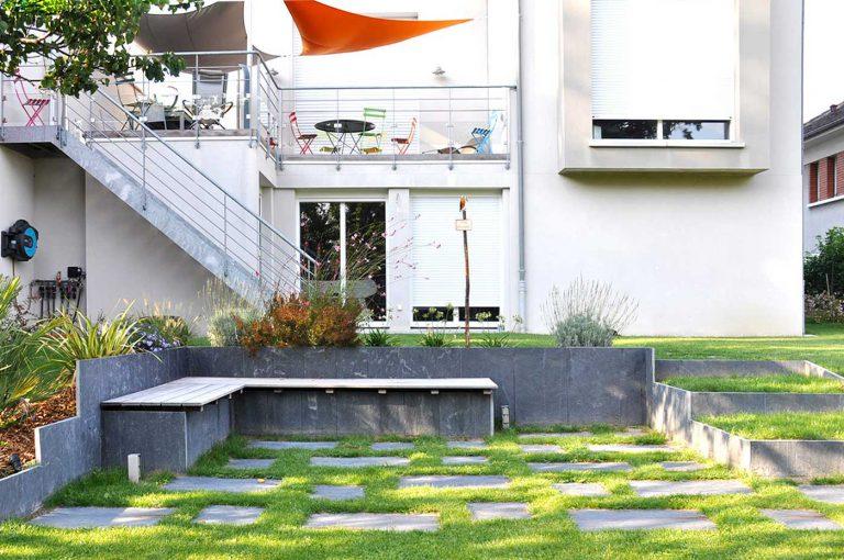 Grand Jardin Avec Terrasse Lounge Banquette Ardoise Sophie Durin Paysagiste Hauts De Seine 92