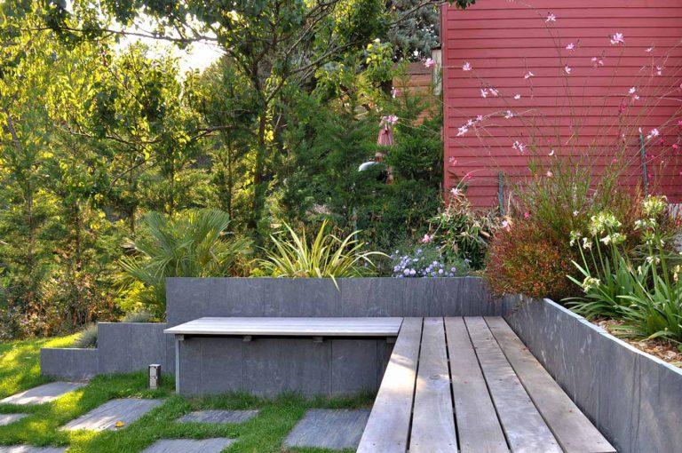 Grand Jardin Avec Terrasse Lounge Banquette Jardin Sophie Durin Paysagiste Concepteur Verrieres Le Buisson
