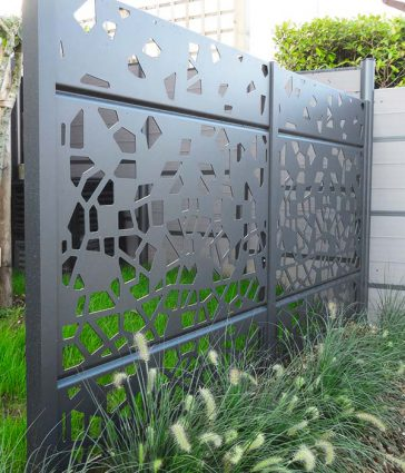 Panneau claustra aluminium Brand Conception Paysagiste Sophie Durin